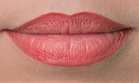 schön geschminkte lippen